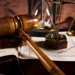 Na jakie dziedziny dzieli się prawo?