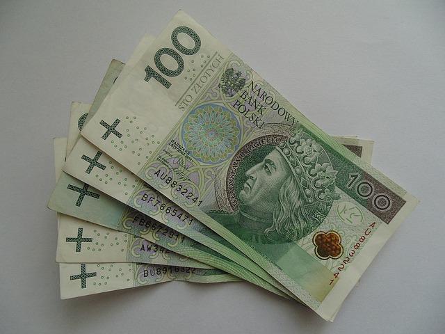 Ile zarabia aplikant w Krakowie?